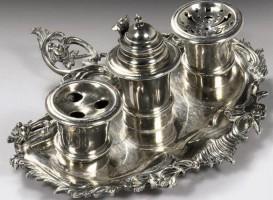 Nieuwe aanwinst: 18de-eeuws zilveren inktstel uit Harlingen
